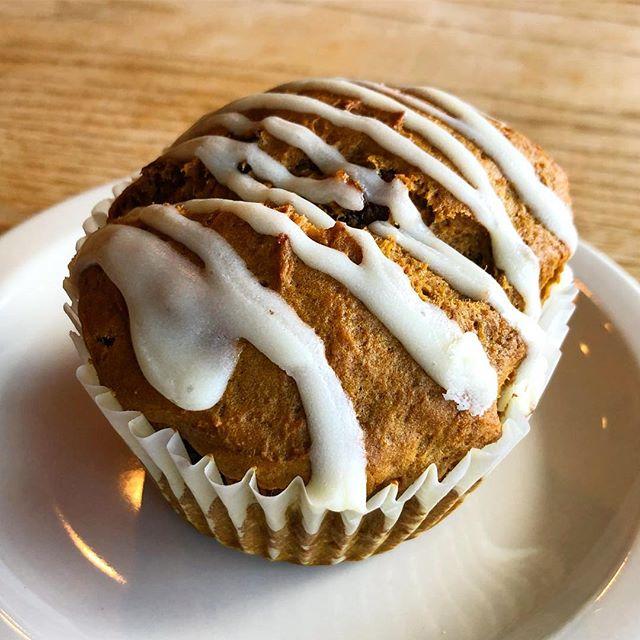 Pumpkin muffins are BACK! 🎃 . . . . . . #pumpkin #muffins #patisserie #patisseriemargo #bakery #smallbusiness #shopsmall #smallbusinessowner #creamcheese #pumkinspice #yum #breakfast #edinamn #dessert #fall