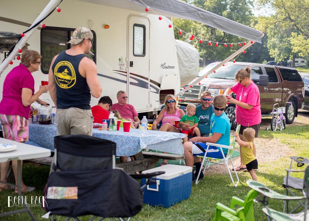 Camping008.jpg
