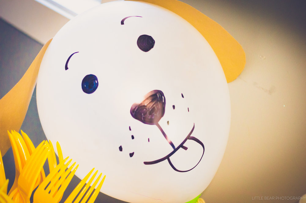 Now what toddler do you know doesn't love balloons! we covered the house in these cute pups!