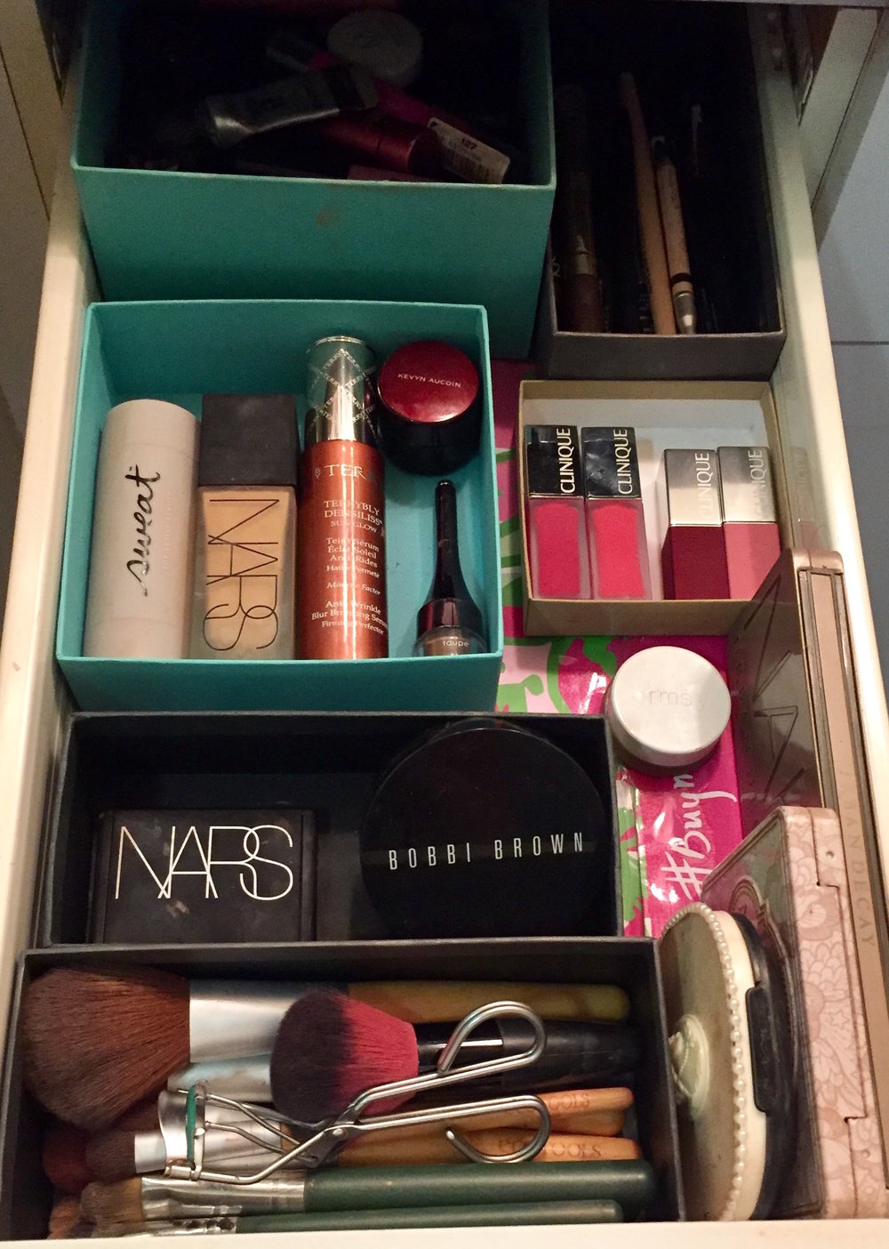 This my makeup drawer. It's not perfect, but I think it's pretty darn good.