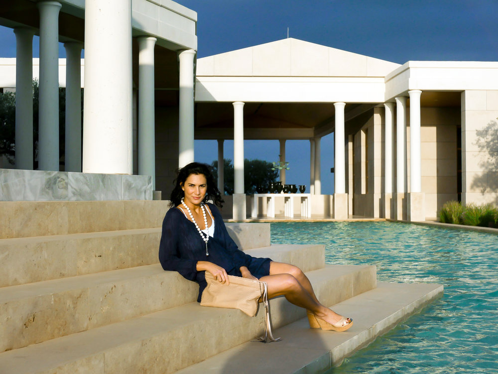 madame-scarlett-greece-amanzoe