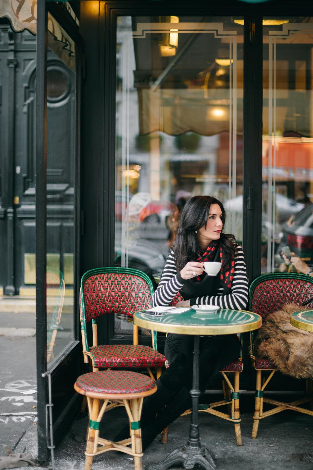 elisabeth-jones-hennessy-cafe-de-flore-paris-st-germain-03