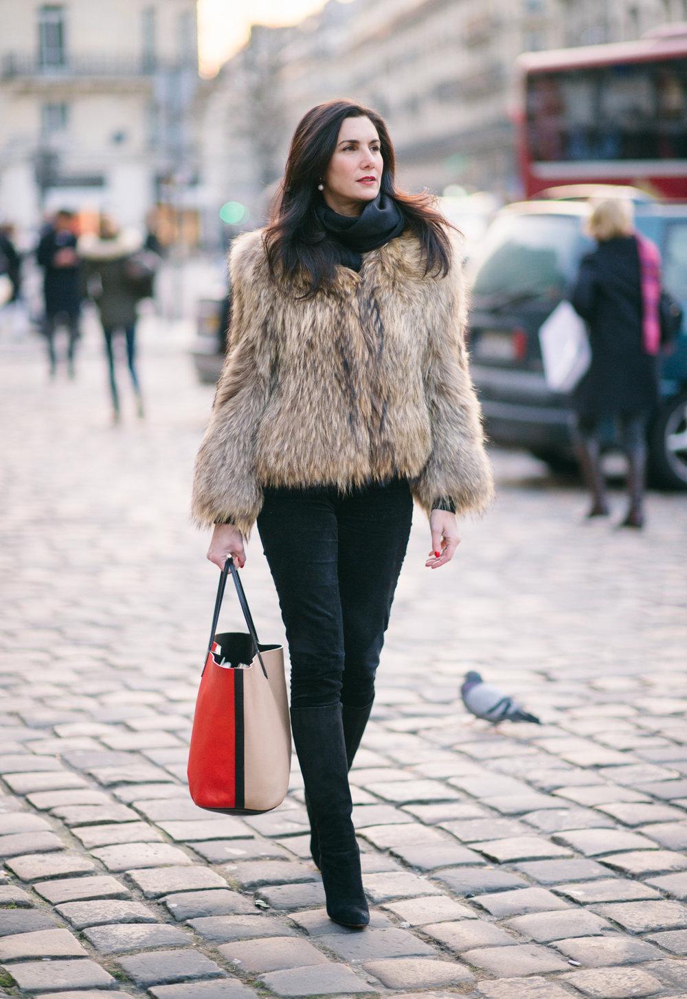 Elisabeth-jones-hennessy-leftbank-shopping