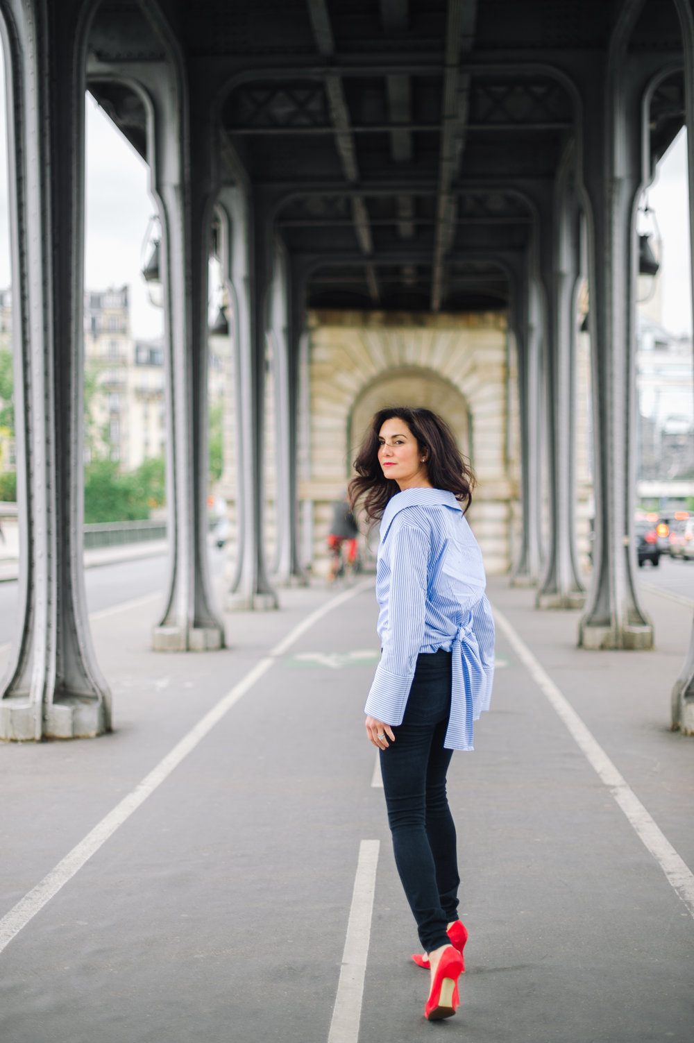 Elisabeth-Jones-Hennessy-Blue-Shirting-Menswear-Shopping-Paris-03