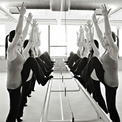 Brought from the U.S., this barre classe is instructed in both English and French