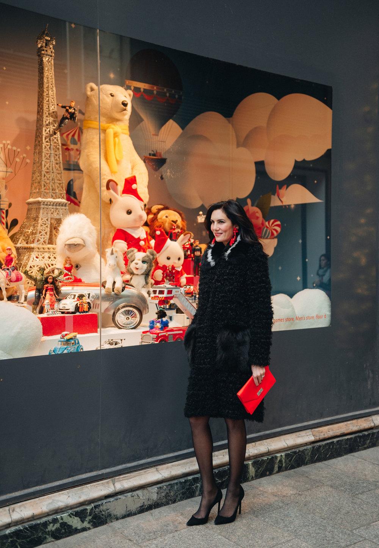 Elisabeth-Jones-Hennessy-Gift-Guide-Holiday-2018-PARIS.jpg
