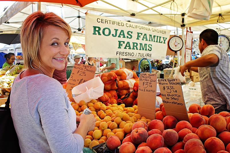 mom_farmersmarket