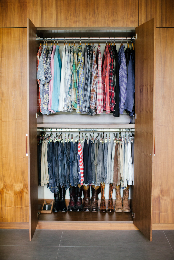 Streamlined closet space design by Carly Waters Style