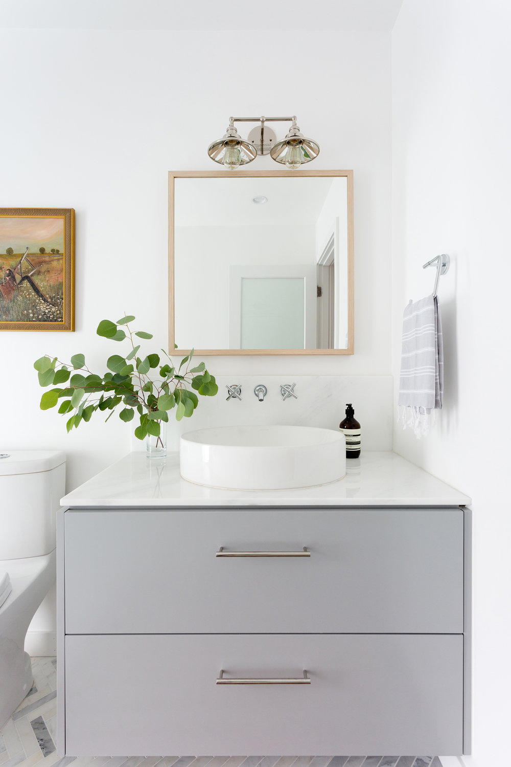 Warm minimalism bathroom vanity design by Carly Waters Style