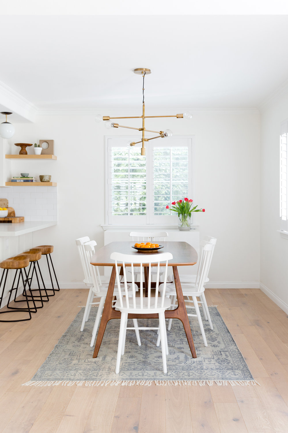 White & bright dining room decor by Carly Waters Style