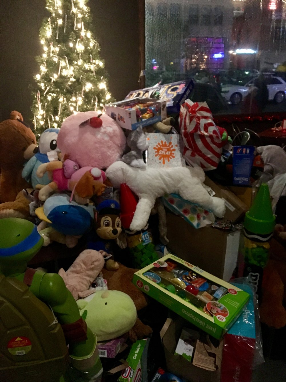 LOOK AT ALL THE TOYS THEY COLLECTED!!!