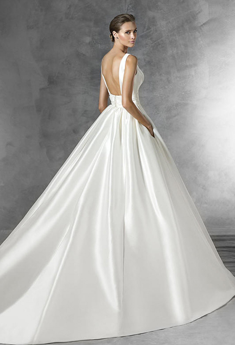 Pronovias Plaza Gown