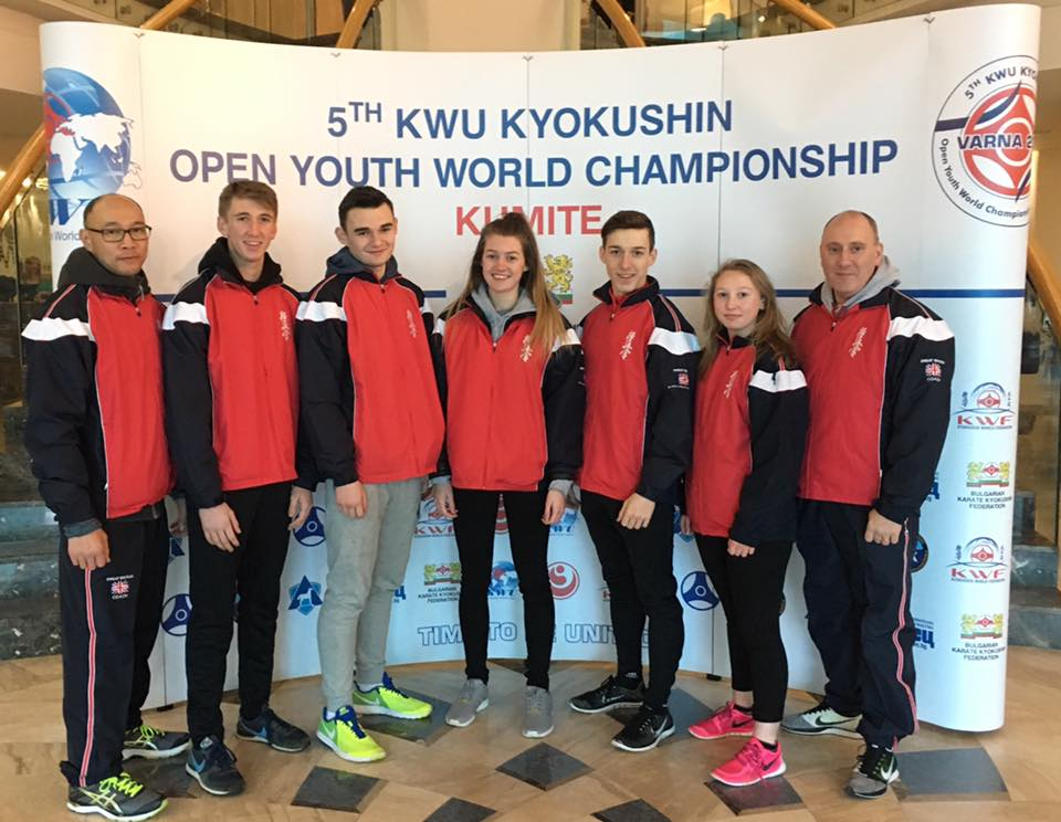 (L-R) Wai Cheung (coach), Callum Pearce, Dylan Baldwin, Olivia Pickthall, Luke Jones, Jaime-May Rowlands, Chris Davies (coach)