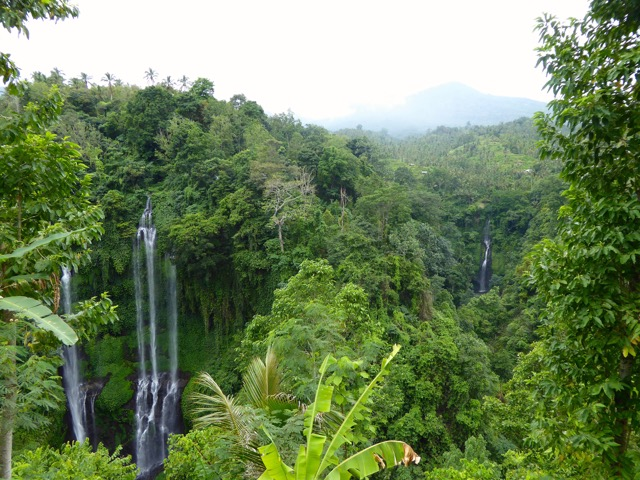 Lemukih falls from a distance