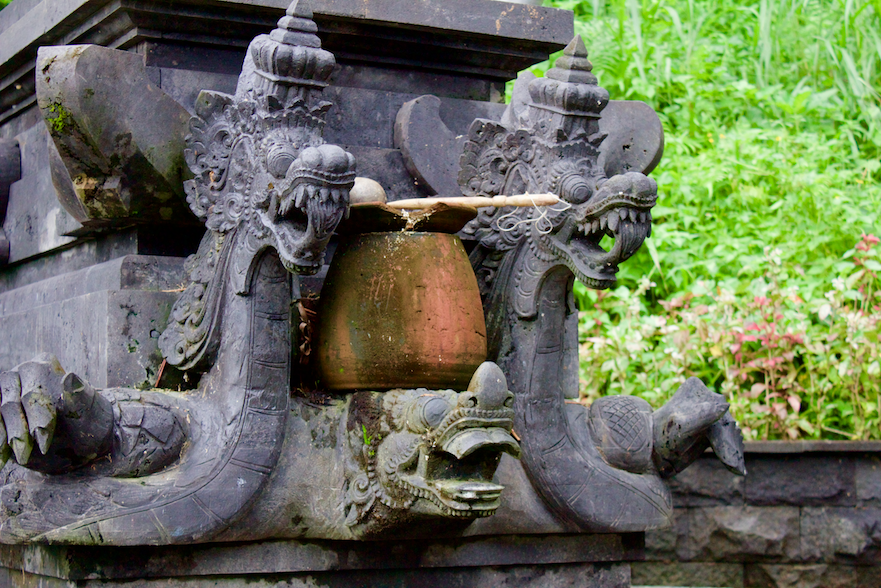 Dragons on Shrine