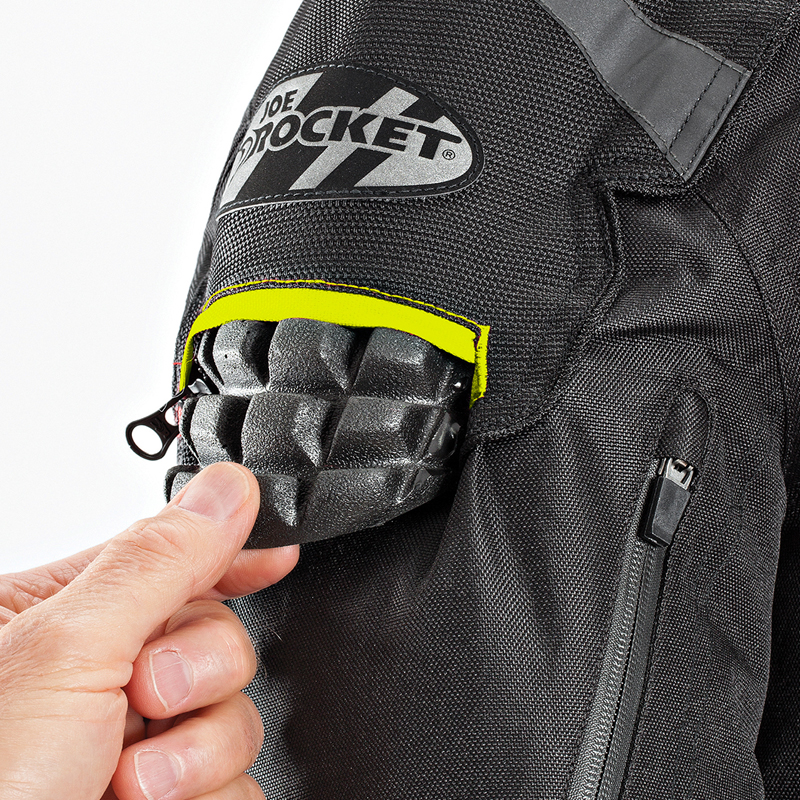2. External armor access for easy removal in shoulders and elbows