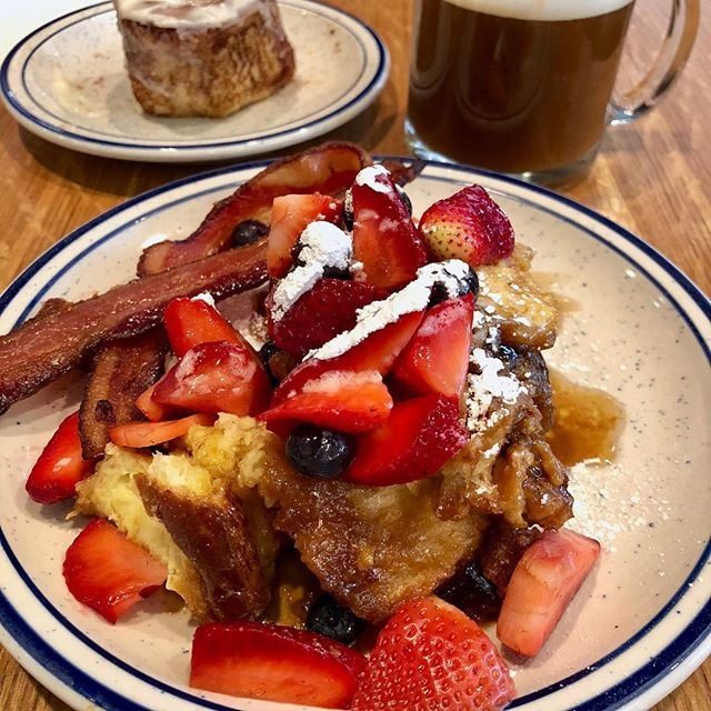 """Crème Brûlée French Toast from A Baked Joint • Holy deliciousness... doused in cinnamon syrup and baked to perfection, this breakfast will be taunting my tastebuds for years to come! • The hubs had a cinnamon roll that was """"gone in 60 seconds"""" good, so I can't vouch for the taste, but the look was on point! • I ate my way through DC recently and am ready to share some of my faves with you—let me know if you like what you see and remember to follow me for more delicious eats!"""
