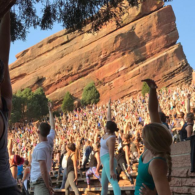 Yoga on the Rocks! #enjoylife #yoga #somuchlululemon #redrocks #colorado #todolist #beadoer #earlybird @corepoweryoga #corepoweryoga #brosdoyogatoo