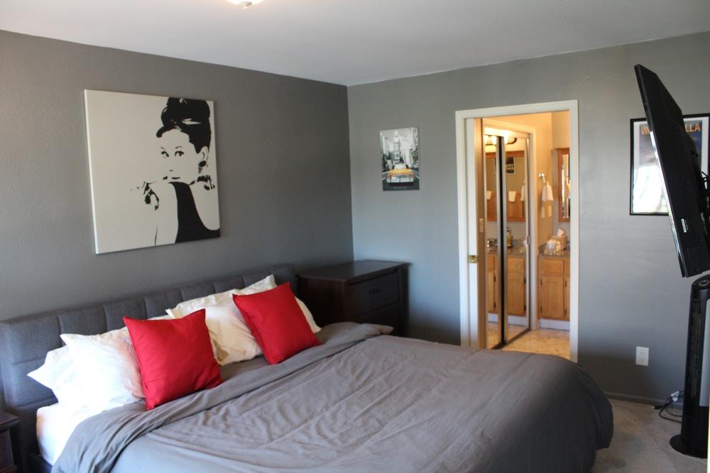 1507 Bedroom
