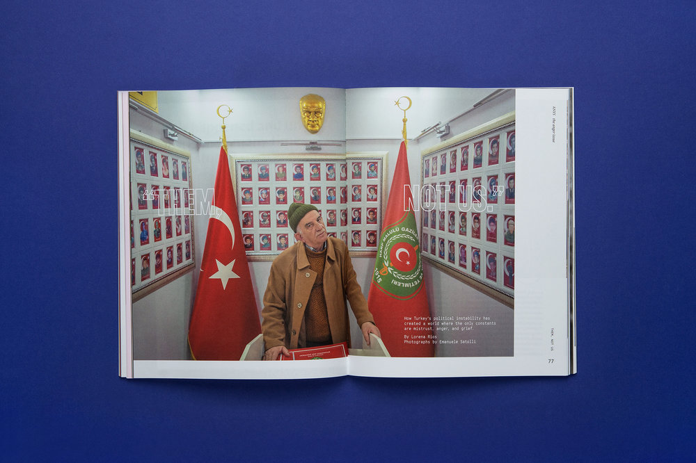 Magazine_Spreads_BLUE_0001_Layer 14.jpg