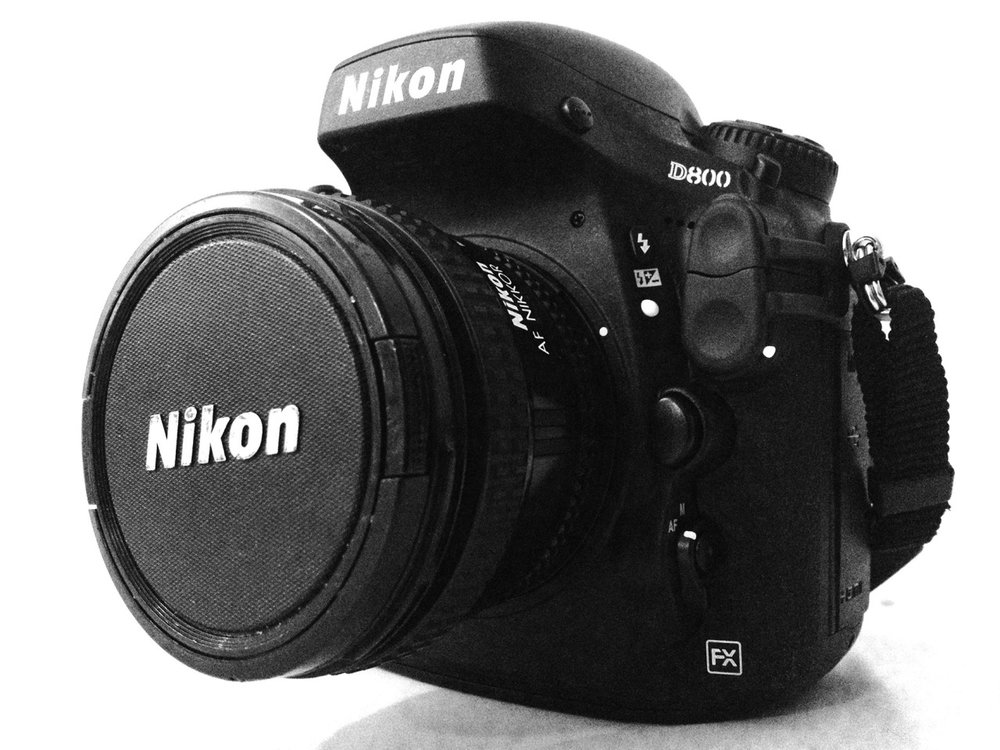 Here it is, a new camera in the bag- Nikon D800. I needed a change, so I purged all of my old lenses and camera and bought a D800 with a 50mm prime. What appeals to me about this camera is the file size- at 36.3 Megapixels, it rivals a medium format camera, and is a great tool for personal photography. While I haven't really tested it out too much, I have had a chance to shoot a few pix, which I will post one in a bit that shows the image quality.