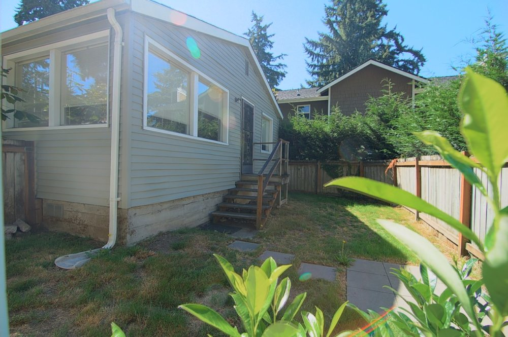 19 showings scheduled by Minka 8 days from listing to approved tenants 9005 116th Ave NE, Kirkland, WA
