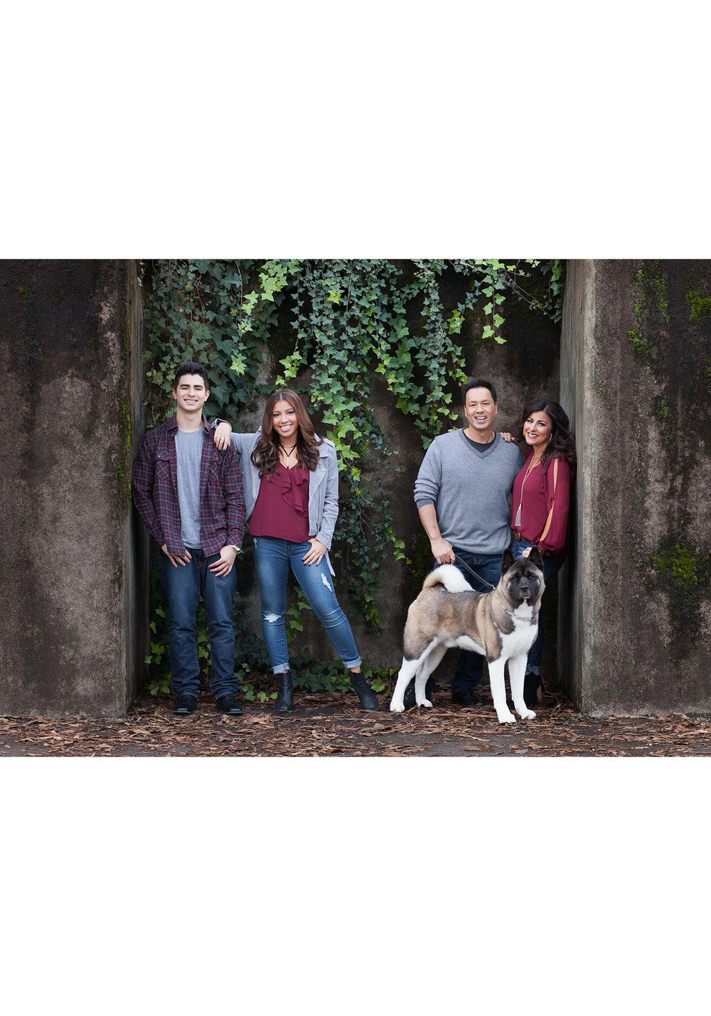 IMG_Family_portrait_urban_San_Ramon_Cal_high_gretchen-adams-photography.jpg
