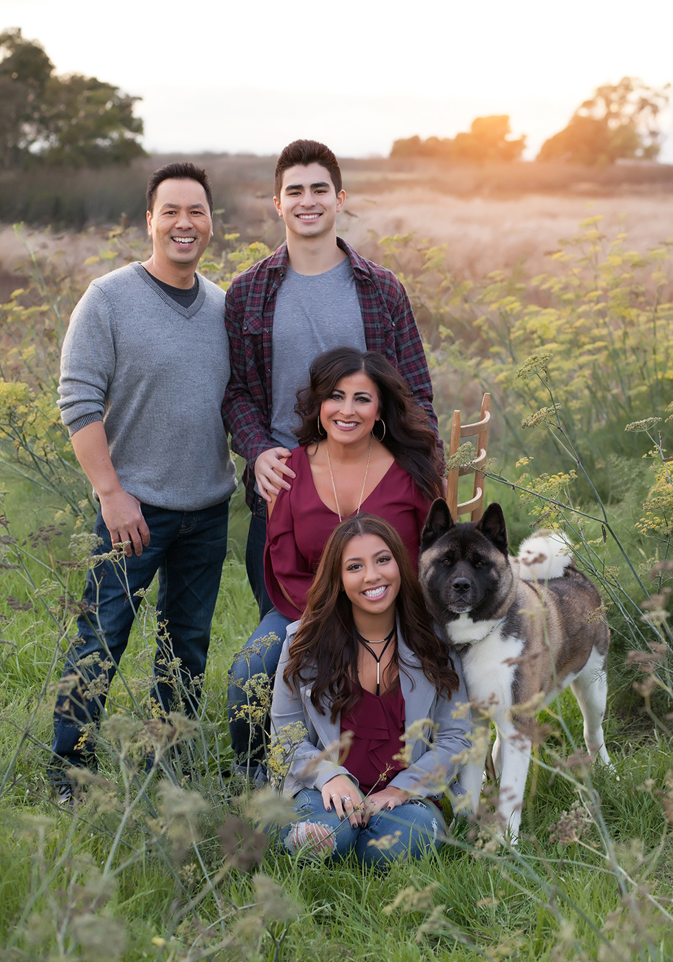 IMG_0256_flowers_field_family_portrait_senior_dog_San_Ramon_Cal_high_family_gretchen-adams-photography.jpg