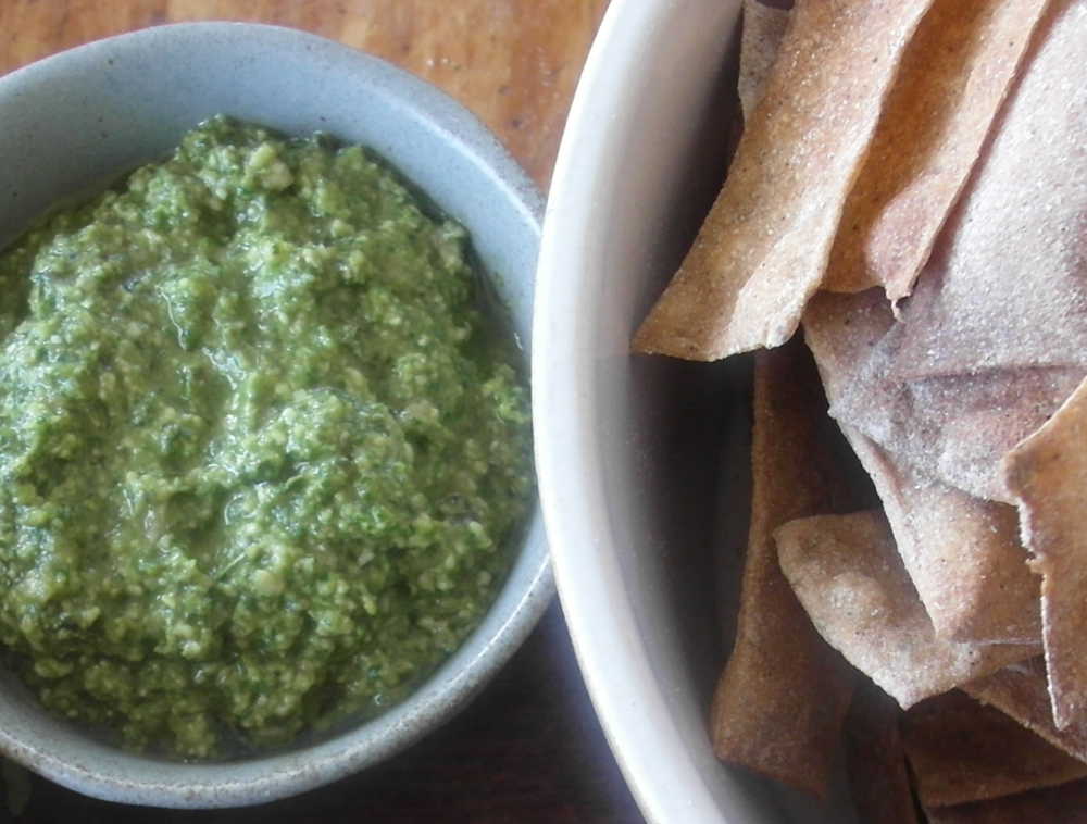 palm-oil-free-pesto-dip-recipe.jpg