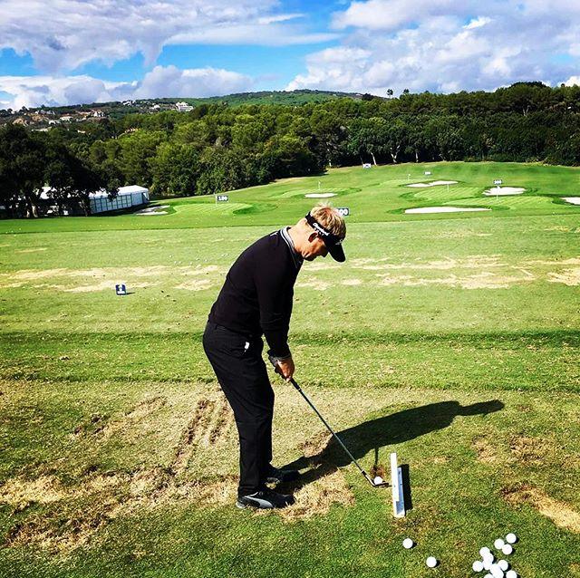 Good to be back! #avm2017 #golf #instagolf #whyilovethisgame #teetime #sorenkjeldsen #danmark #denmark #pumagolf #srixon #europeantour #mercedes #ejnerhessel