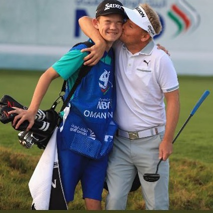 This week, I have my son Emil caddying for me in Oman. I never get to old for a hug, but maybe Emil does. 😊#greatsupport #pumagolf #srixon #mercedes #ejnerhessel #europeantour