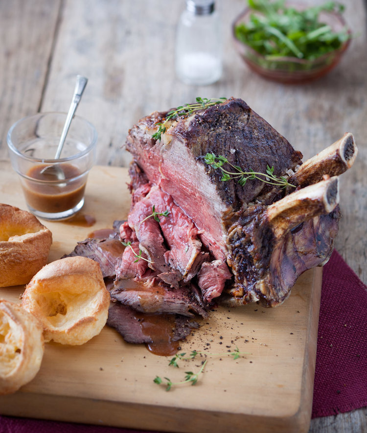beef roast with yorkshire pudding.jpg