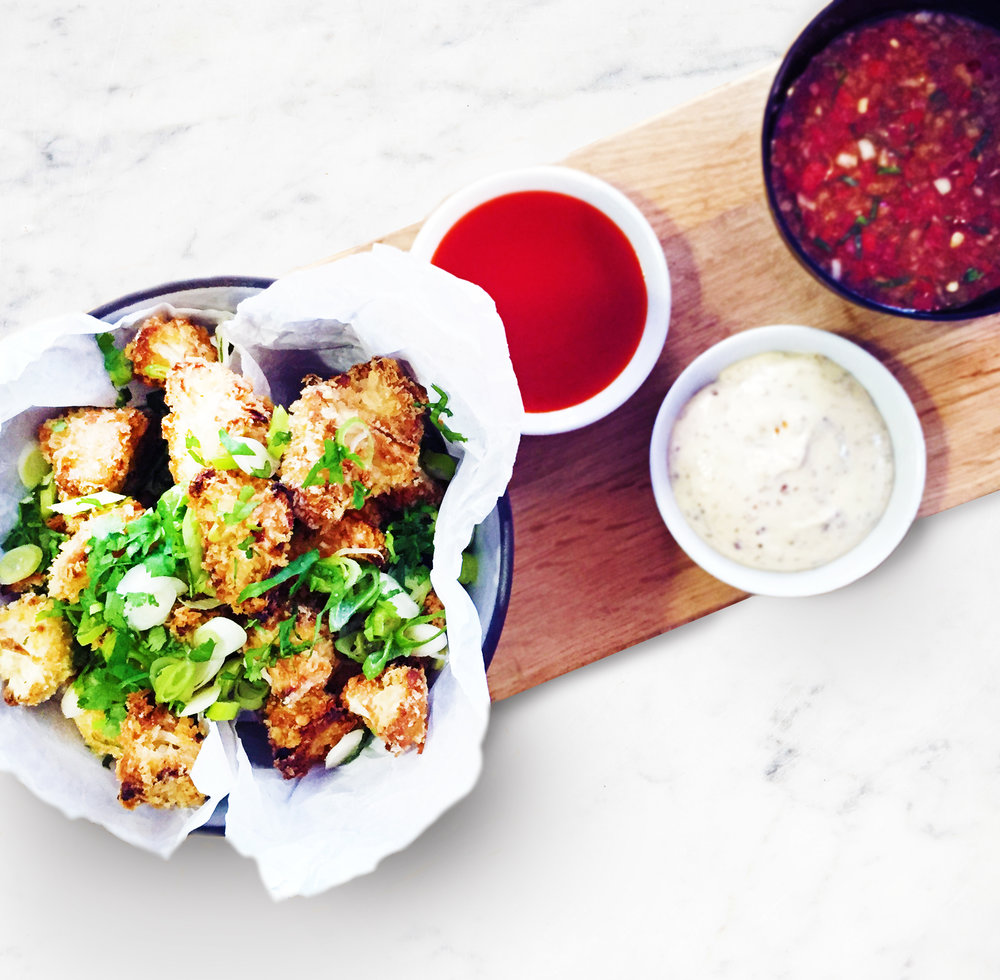 cauliflower crispy popcorn with dipping sauces