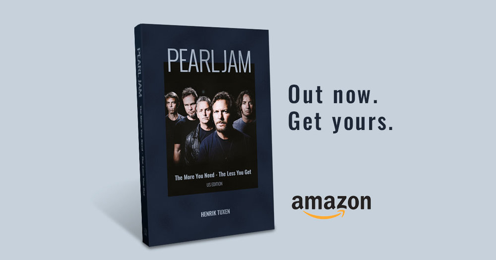 Pearl Jam biography by Henrik Tuxen.jpg