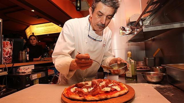 Restaurante Marquinetti (supuestamente el mejor pizzero del mundo). Photo credit:http://www.abc.es/viajar/gastronomia/20150511/abci-mejor-pizzero-mundo-201505111100.html