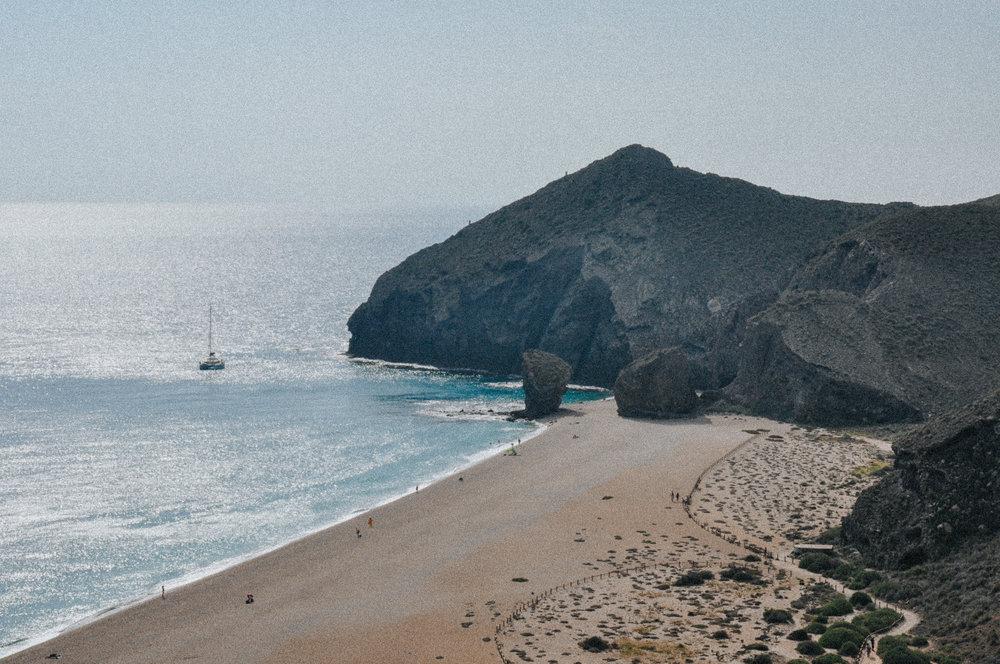 cabo de gata mini guia playa de los muertos