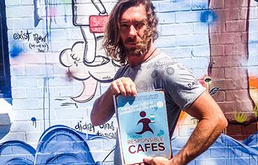 bayleaf-cafe-byron.jpg