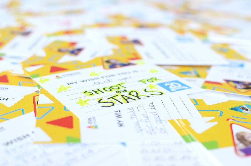 Cards_CloseUp4_300.jpg