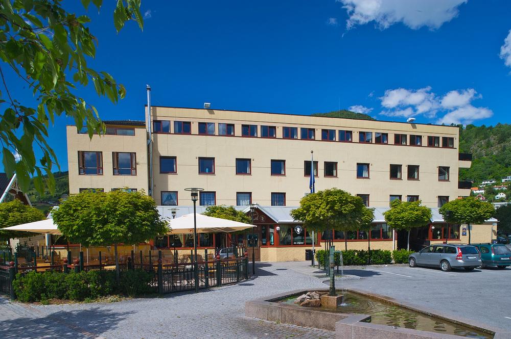Lægreid Hotell, Sogndal Velkomen heim    Les meir