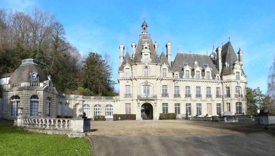 French Paris Chateau