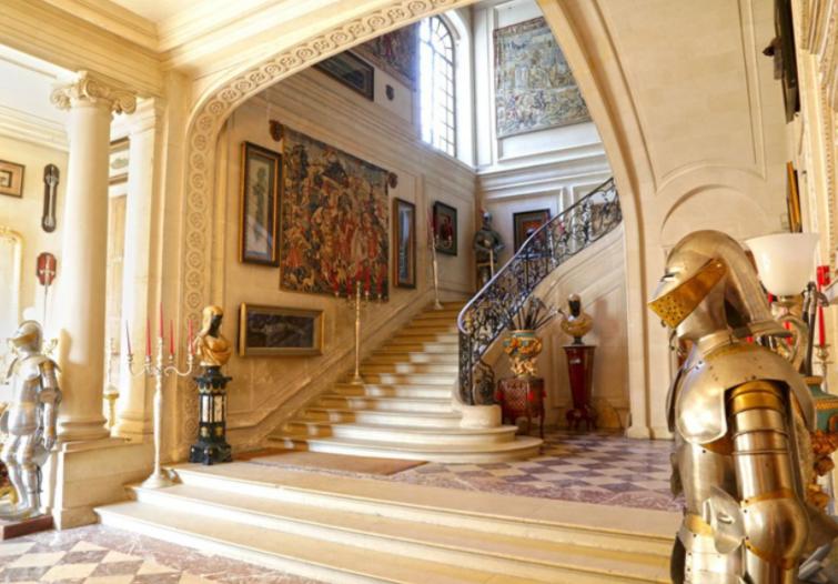 French Paris Chateau 2.PNG
