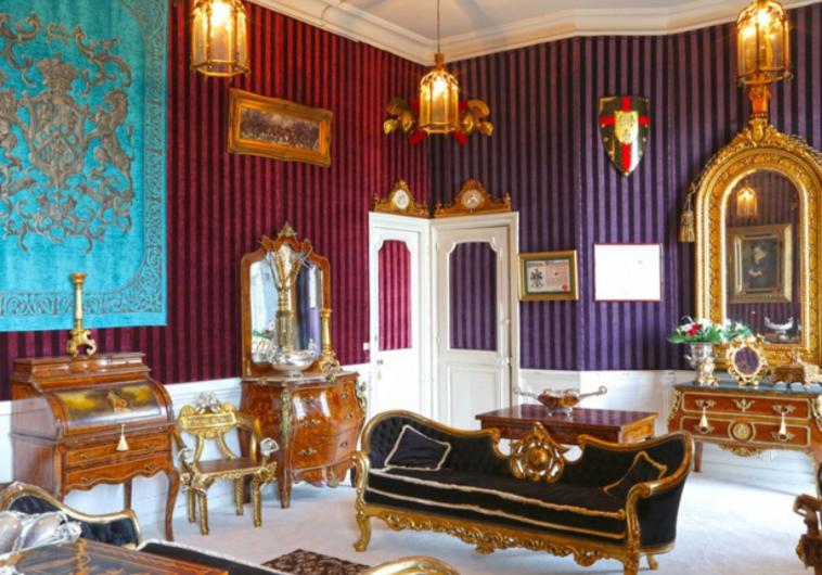 French Paris Chateau 6.PNG
