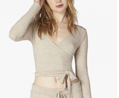 Long Sleeves/Sweatshirts