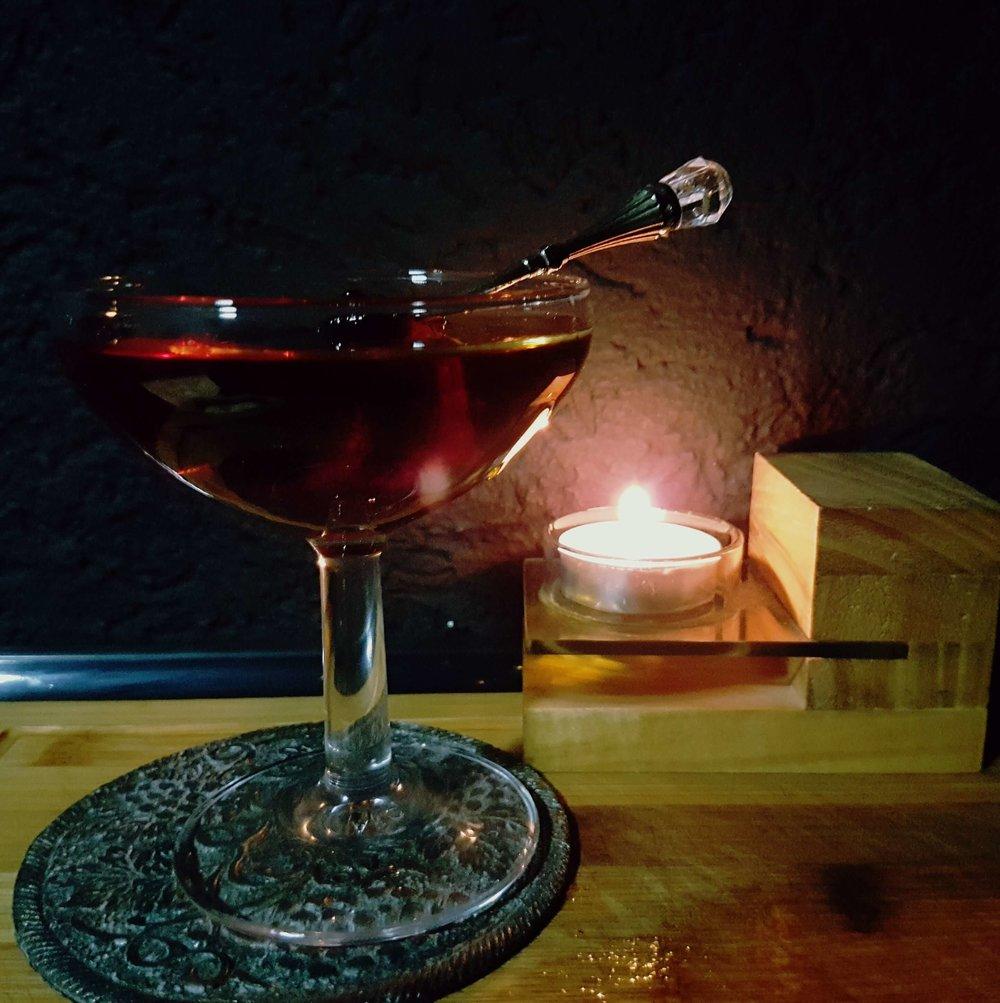 Коктейль №3Hanky-Franky - ИнгредиентыAuchentoshan American Oak –50млBranka Menta –30 млSherry Palo Cortado –20 млOrange Bitter –2 dash
