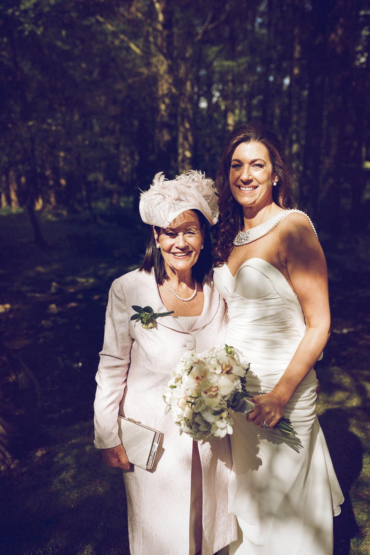 Brooklodge-wicklow-wedding-photographer_097.jpg