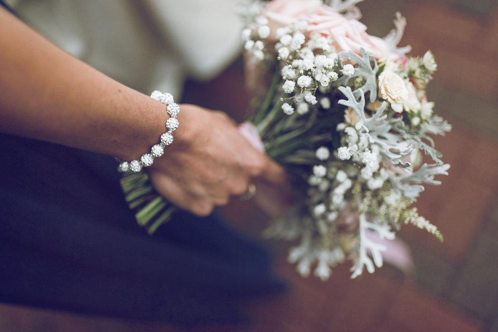 Dublin-Wedding-photographer-roger-kenny_028.jpg