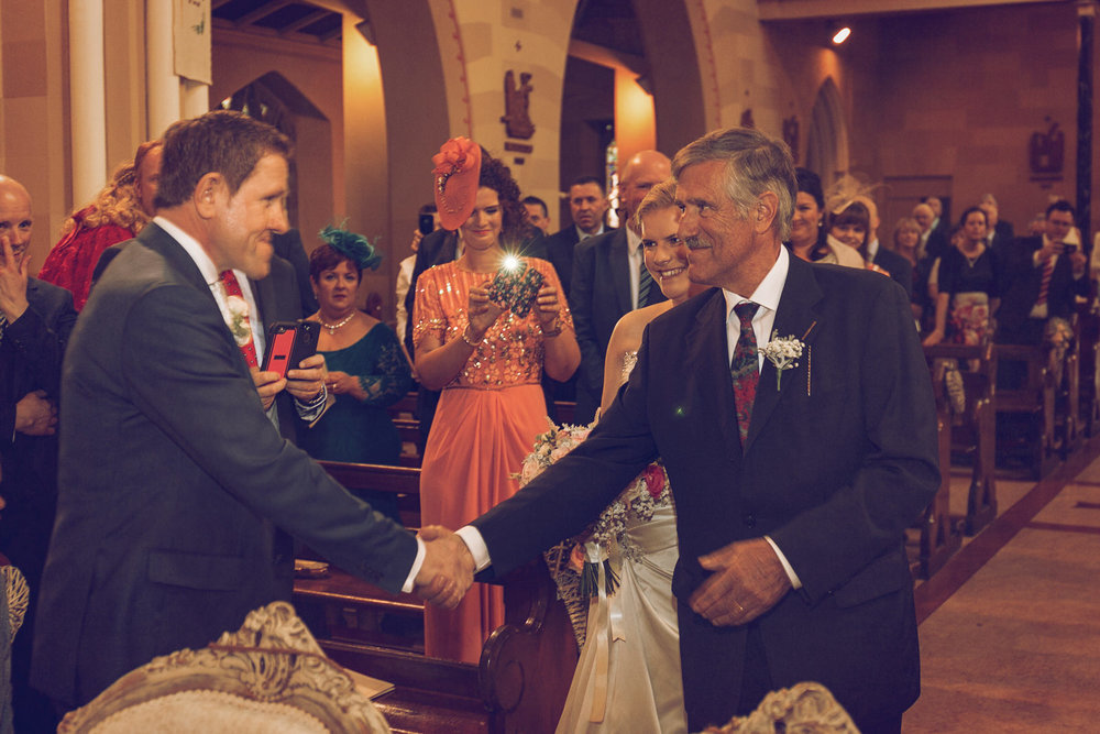 Dublin-Wedding-photographer-roger-kenny_038.jpg