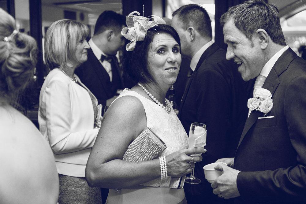 Dublin-Wedding-photographer-roger-kenny_060.jpg