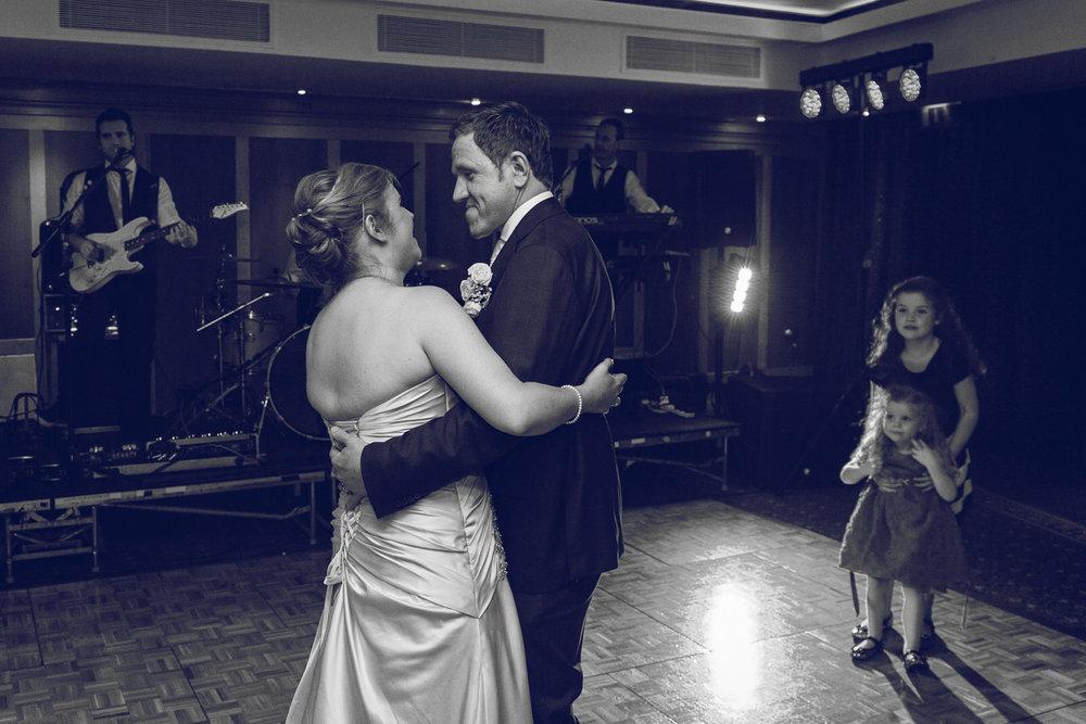 Dublin-Wedding-photographer-roger-kenny_089.jpg