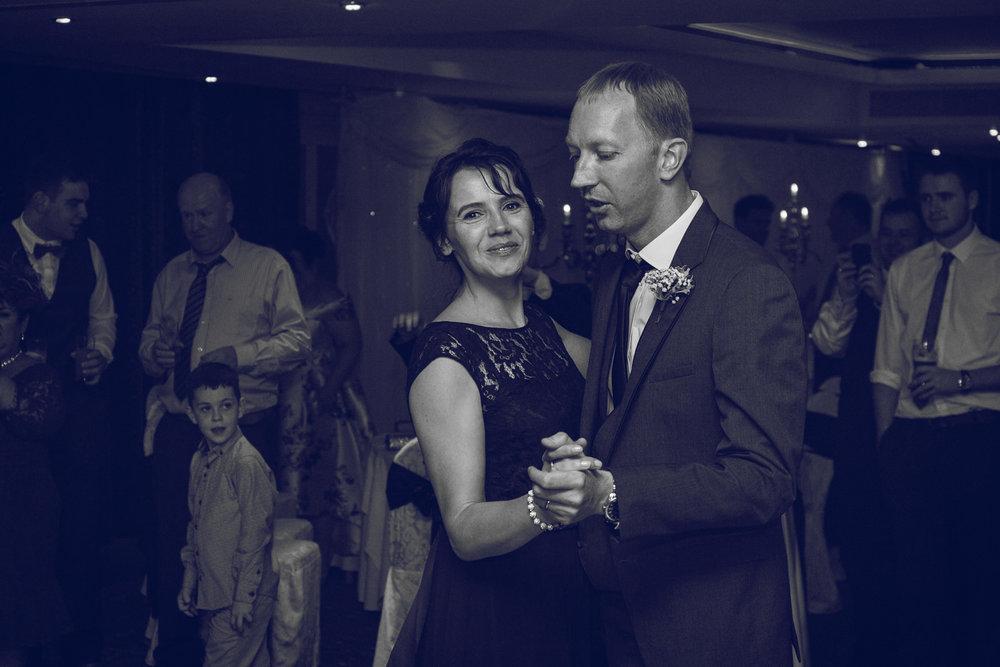 Dublin-Wedding-photographer-roger-kenny_091.jpg